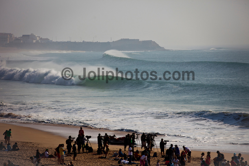 """SUPERTUBOS, Peniche/Portugal (Monday, October 17, 2011) – The Rip Curl Pro Portugal stormed through 21 heats of competition today as the primary site of Supertubos delivered flawless six-to-eight foot (2 – 2.5 metre) barrels from sun up to sun down.. .Event No. 9 of 11 on the 2011 ASP World Title Series, the Rip Curl Pro Portugal enjoyed an historic day of action with the world's best surfers posting near-perfect scores throughout the day as Supertubos delivered world-class action.. .Julian Wilson (AUS), 22, 2011 ASP Top 34 rookie, went blow-for-blow against compatriot Kai Otton (AUS), 31, in the heat of the event today. Otton posted a near perfect 9.97 out of a possible 10 on his opening ride and backing it up with an excellent 8.43 to put the youngster on the back foot early on. However, Wilson would answer back in champion fashion, netting a 9.43 early in the heat before pulling into a cavernous bomb for a 9.70 and the heat win.. """"That was an amazing heat,"""" Wilson said. """"My hat goes off to Otto (Kai Otton) as he was getting some ridiculous barrels and really put the pressure on me early. I've been watching the conditions all day long and have been trying not to froth out too hard, but they're just so perfect. It's truly Dream Tour stuff out there today."""" .Bede Durbidge (AUS) scored the contest's first perfect 10 point ride against Mick Fanning (AUS) in the last heat of the day. Durbidge advanced over Fanning to Round Four. Photo: joliphotos.com"""