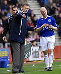 Everton's Andy Johnson and manager David Moyes. during the Premier League match at the Stadium of Light, Sunderland. Picture date 9th March 2008. Picture credit should read: Richard Lee/Sportimage