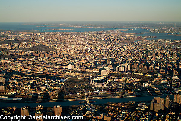 aerial photograph Harlem River, Yankee Stadium, Bronx, New York City