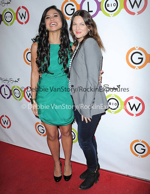 Kimberly Snyder and Drew Barrymore attends The Opening of Kimberly Snyder's Glow Bio in West Hollywood in West Hollywood, California on November 14,2012                                                                               © 2012 DVS / Hollywood Press Agency