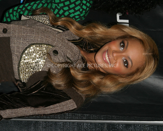 WWW.ACEPIXS.COM . . . . . ..New York, December 10, 2004: Destiny's Child and Beyonce Knowles at Z100's Jingle Ball. Please byline: ACE009 - ACE PICTURES.. . . . . . ..Ace Pictures, Inc:  ..Alecsey Boldeskul (646) 267-6913 ..Philip Vaughan (646) 769-0430..e-mail: info@acepixs.com..web: http://www.acepixs.com