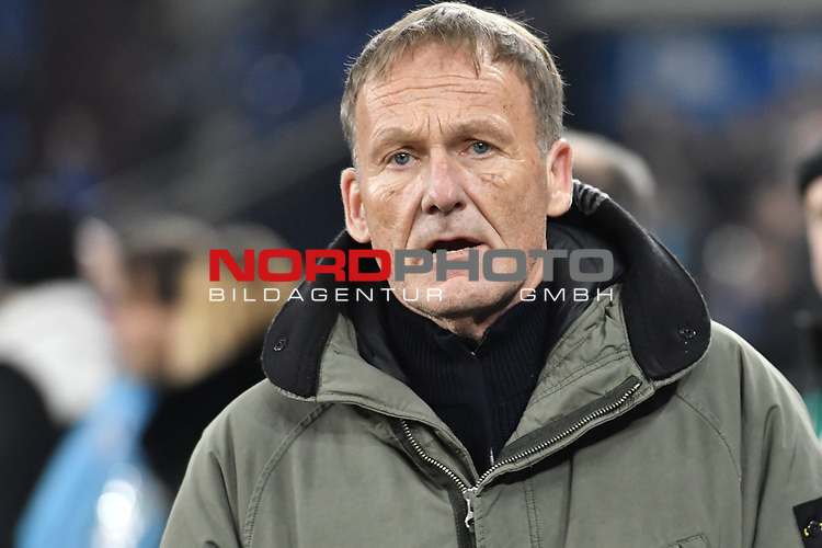 08.12.2018, Veltins-Arena, Gelsenkirchen, GER, 1. FBL, FC Schalke 04 vs. Borussia Dortmund, DFL regulations prohibit any use of photographs as image sequences and/or quasi-video<br /> <br /> im Bild Hans-Joachim Watzke (Borussia Dortmund) Portrait, halbportrait, Bild, einzel, Einzelaufnahme, picture, single, solo, alleine <br /> <br /> Foto © nordphoto/Mauelshagen