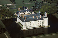 Europe/France/Pays de la Loire/49/Maine-et-Loire/Env d'Angers: Le château du Plessis-Bourré -  vue aérienne