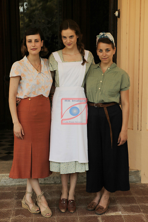 La llum d'Elna.<br /> Visita al rodaje.<br /> Natalia de Molina, Noemie Schmidt &amp; Nausicaa Bonnin.
