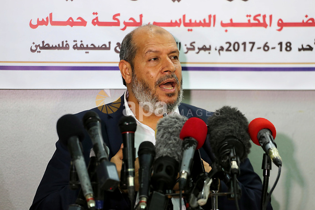 Senior Hamas leader Khalil al-Hayah speaks during a press conference in Gaza city on June 18, 2017. Photo by Mohammed Asad