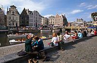 die Leie und Häuer an der Graslei in Gent, Flandern, Belgien