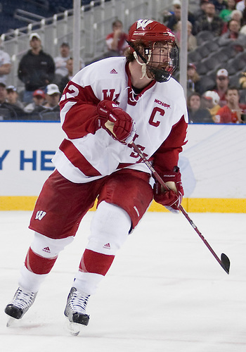 10 April 2010: Wisconsin Forward Ben Street (#22) in game action between the Wisconsin Badgers and the Boston College Eagles at Ford Field in Detroit, Michigan.  Boston College defeated Wisconsin 5-0. Mandatory Credit: John Mersits / Southcreek Global