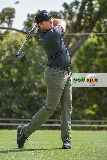 Eddie Pepperell (ENG) watches his tee shot on 2 during day 1 of the WGC Dell Match Play, at the Austin Country Club, Austin, Texas, USA. 3/27/2019.<br /> Picture: Golffile   Ken Murray<br /> <br /> <br /> All photo usage must carry mandatory copyright credit (© Golffile   Ken Murray)