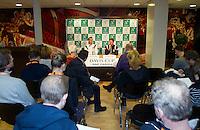 10-02-12, Netherlands,Tennis, Den Bosch, Daviscup Netherlands-Finland, Persconferentie met Thiemo de Bakker en captain Jan Siemerink