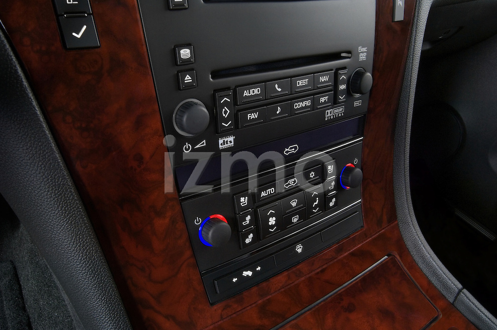Audio system detail of a 2007 Cadillac Escalade EXT