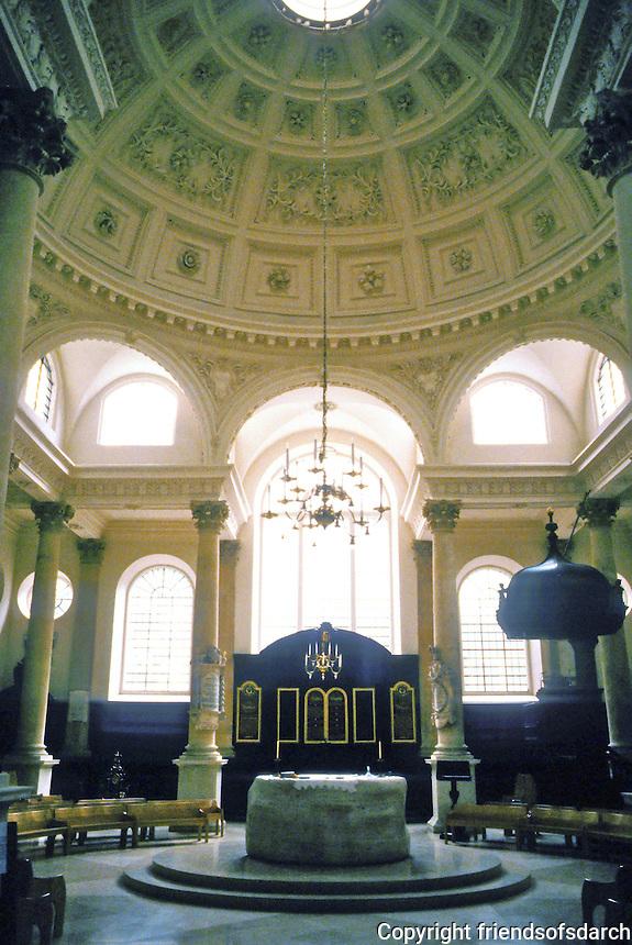 Sir Christopher Wren: St. Stephen Walbrook, London. Interior detail. Dome.