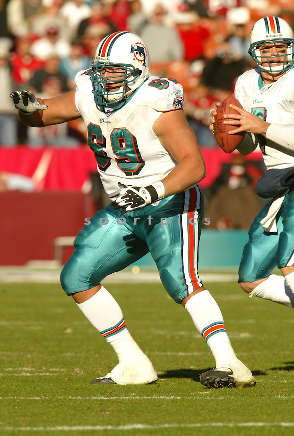 Taylor Whitley during the Miami Dolphins v. San Francisco 49ers game on November 28, 2004...Miami wins 24-17..Rob Holt / SportPics