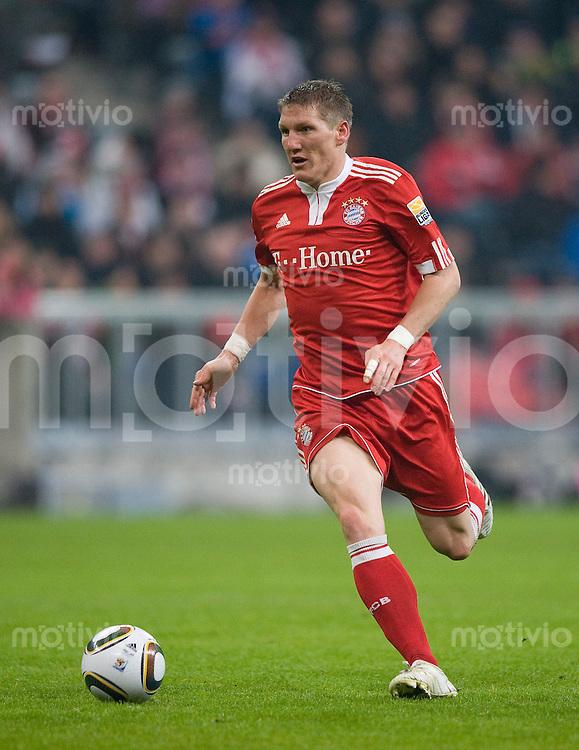 Fussball Bundesliga 2009/2010 FC Bayern Muenchen - TSG Hoffenheim Bastian SCHWEINSTEIGER (FCB).