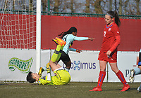 20180221 - TUBIZE , BELGIUM : Belgian Esther Buabadi (blue) pictured just aftre scoring the opening goal during the friendly female soccer match between Women under 17 teams of  Belgium and Czech Republic , in Tubize , Belgium . Wednesday 21th February 2018 . PHOTO SPORTPIX.BE DIRK VUYLSTEKE