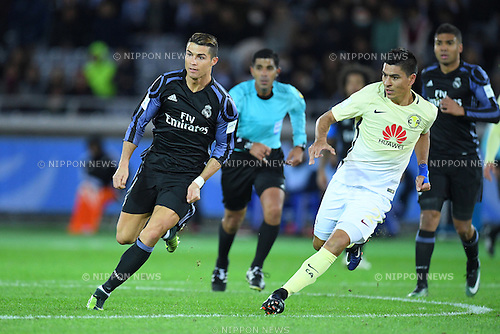 (L-R) Cristiano Ronaldo (Real), Paolo Goltz (America), <br /> DECEMBER 15, 2016 - Football / Soccer : <br /> FIFA Club World Cup Japan 2016 Semi Final match between <br /> Club America 0-2 Real Madrid <br /> at Yokohama International Stadium, Kanagawa, Japan. <br /> (Photo by AFLO SPORT)