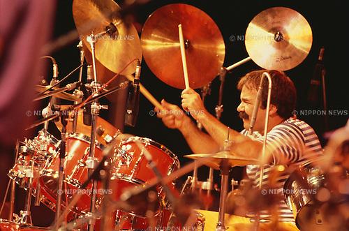 Peter Erskine, Sep 1982 : Peter Erskine performin, Tokyo, Japan.