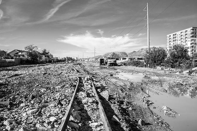 Schienen des aufgelösten Bahnhofs von Tirana.