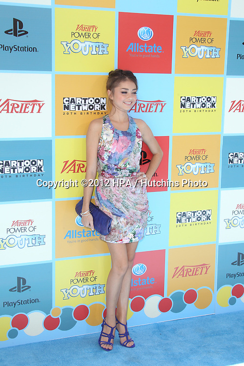 LOS ANGELES - SEP 15:  Sarah Hyland arrives at the Variety's Power Of Youth Event at Paramount Studios on September 15, 2012 in Los Angeles, CA