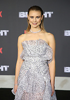 WESTWOOD, CA - DECEMBER 13: Lucy Fry, at Premiere Of Netflix's 'Bright' at The Regency Village Theatre, In Hollywood, California on December 13, 2017. Credit: Faye Sadou/MediaPunch /NortePhoto.com NORTEPHOTOMEXICO