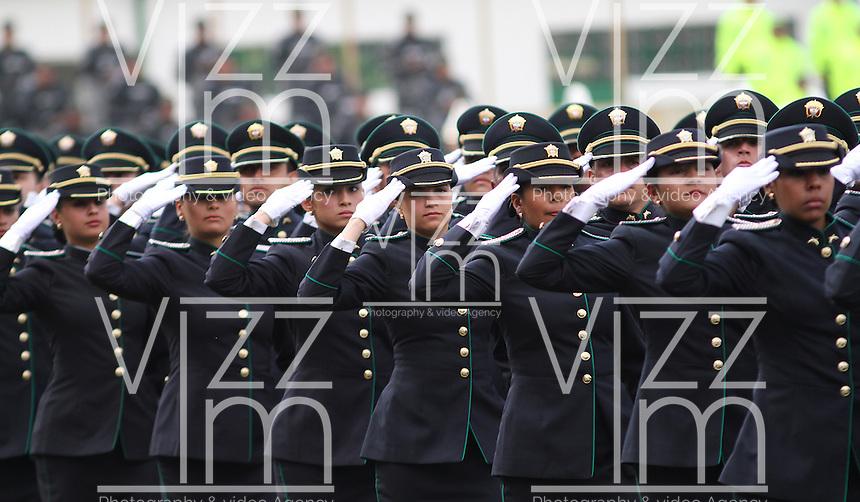 Ceremonia 122 alos de la policia nacional 06 11 2013 for Ministro de la policia nacional