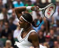 21-06-11, Tennis, England, Wimbledon,   Serena Williams trough to the seccond round
