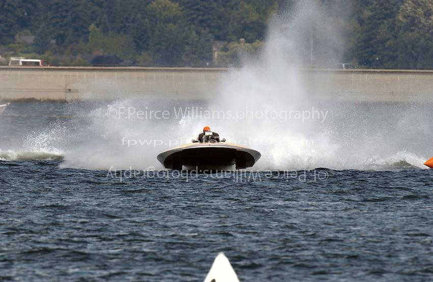 "David Williams, U-6 ""Miss Madison"" (1960 V-12 Allison powered Les Staudaaucher hull)"