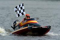 Class winner Carl Barrett, #380(Sport C Tunnel Boat(s)