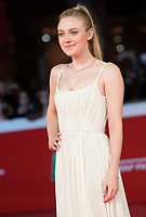 "L'attrice statunitense Dakota Fanning posa sul red carpet per la presentazione del film ""Please Stand By"" alla Festa del Cinema di Roma, 31 Ottobre 2017.<br /> US actress poses on the red carpet to present the movie ""Please Stand By"""" during the international Rome Film Festival at Rome's Auditorium, October 31, 2017.<br /> UPDATE IMAGES PRESS/Karen Di Paola"