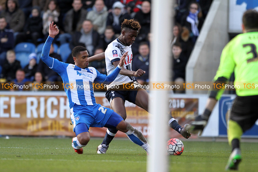 Joshua Onomah of Tottenham Hotspur goes for goal during Colchester United vs Tottenham Hotspur, Emirates FA Cup Football at the Weston Homes Community Stadium