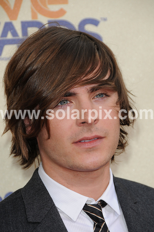 **ALL ROUND PICTURES FROM SOLARPIX.COM**.**SYNDICATION RIGHTS FOR UK, AUSTRALIA, DENMARK, PORTUGAL, S. AFRICA, SPAIN & DUBAI (U.A.E) ONLY**.arrivals for the 18th Annual MTV Movie Awards. Held at the Gibson Amphitheatre, Universal City, CA, USA. 31 May 2009..This pic: Zac Efron..JOB REF: 9133 PHZ (Charlotte)   DATE: 31_05_2009.**MUST CREDIT SOLARPIX.COM OR DOUBLE FEE WILL BE CHARGED**.**ONLINE USAGE FEE GBP 50.00 PER PICTURE - NOTIFICATION OF USAGE TO PHOTO @ SOLARPIX.COM**.**CALL SOLARPIX : +34 952 811 768 or LOW RATE FROM UK 0844 617 7637**