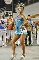 ATENÇÃO EDITOR FOTO EMBARGADA PARA VEÍCULOS INTERNACIONAIS - SÃO PAULO, SP, 01 DE FEVEREIRO DE 2013 - ENSAIO TÉCNICO ÁGUIA DE OURO - Cíntia Poderosa durante Ensaio técnico da Escola de Samba Águia de Ouro na preparação para o Carnaval 2013. O ensaio foi realizado na noite desta sexta (02) no Sambódromo do Anhembi, zona norte da cidade. FOTO LEVI BIANCO - BRAZIL PHOTO PRESS