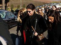 partecipa ai funerali  di  Pino Daniele al santuario del divino amore di Roma