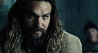 Justice League (2017) <br /> Jason Momoa<br /> *Filmstill - Editorial Use Only*<br /> CAP/KFS<br /> Image supplied by Capital Pictures