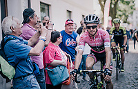 Maglia Rosa / overall leader Simon Yates (GBR/Mitchelton-Scott) to the race start <br /> <br /> stage 14 San Vito al Tagliamento &ndash; Monte Zoncolan (186 km)<br /> 101th Giro d'Italia 2018