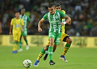 MEDELLIN - COLOMBIA, 21-07-2019: Daniel Muñoz del Nacional en acción durante partido por la fecha 2 de la Liga Águila II 2019 entre Atlético Nacional y Atlético Bucaramanga jugado en el estadio Atanasio Girardot de la ciudad de Medellín. / Daniel Muñoz of Nacional in action during match for the date 2 as part of Aguila League II 2019 between Atletico Nacional and Atletico Bucaramanga played at Atanasio Girardot stadium in Medellín city. Photo: VizzorImage / Leon Monsalve / Cont