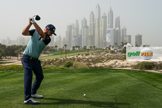 Andy Sullivan (ENG) in action on the 8th tee during the first round of the Omega Dubai Desert Classic, Emirates Golf Club, Dubai, UAE. 24/01/2019<br /> Picture: Golffile | Phil Inglis<br /> <br /> <br /> All photo usage must carry mandatory copyright credit (© Golffile | Phil Inglis)