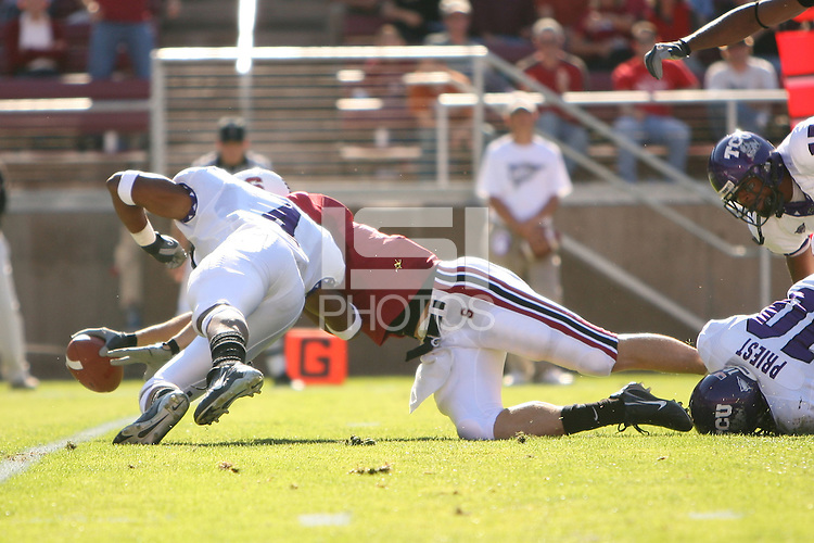 13 October 2007: Evan Moore appears to cross the goal line during Stanford's 38-36 loss to TCU at Stanford Stadium in Stanford, CA.