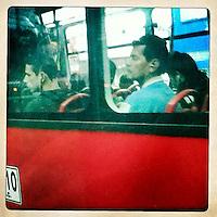 BOGOTA-COLOMBIA. El Transmilenio es el transporte principal de la capital colombiana. Estas son unas fotografías en las que se muestra otro punto de vista del tan polémico medio de transporte. The Transmilenio is the principal means of transport  in the capital city of Colombia. This are some pictures that shows the polemical way of transport. Photo: Vizzorimage