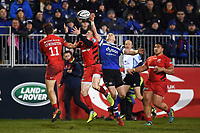 Alex Lewington and Ben Spencer of Saracens and Jack Wilson of Bath Rugby compete for the ball in the air. Gallagher Premiership match, between Bath Rugby and Saracens on March 8, 2019 at the Recreation Ground in Bath, England. Photo by: Patrick Khachfe / Onside Images