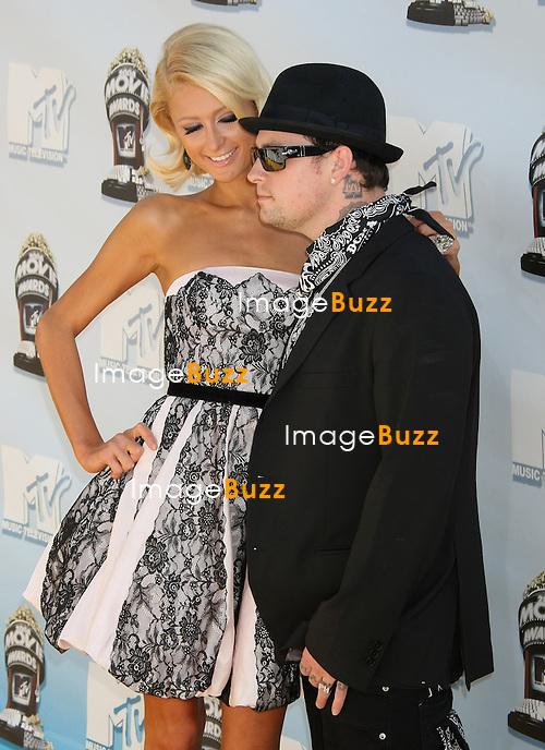 """ 2008 MTV MOVIE AWARDS "" AT UNIVERSAL CITY..LOS ANGELES, JUNE 1, 2008...Pic :  Paris Hilton & Benji Madden"
