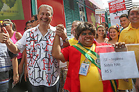 RECIFE, PE, 01.03.2014 - CARNAVAL PE / GALO DA MADRUGADA - Eduardo Campos governador de Pernambuco durante café da manha e e concentração do Galo da Madrugada, maior bloco de carnaval do mundo no centro de Recife neste sabado (Foto: Vanessa Carvalho/ Brazil Photo Press).
