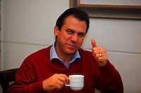 SAO PAULO, 30 DE JULHO DE 2012. CAFÉ DA MANHÃ DO LULA COM CANDIDATOS. O candidato do PT à prefeitura de São Bernardo do Campo, Luis Marinho,durante café da manhã do ex presidente Lula com os candidatos do PT a prefeitura. FOTO: ADRIANA SPACA - BRAZIL PHOTO PRESS