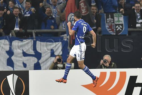 22.10.2015. Gelsenkirchen, Germany. UEFA Europa League football. FC Schalke versus Sparta Prague. Goal celebration, celebrate for 1:0 scorer Franco Di Santo (FC Schalke 04)