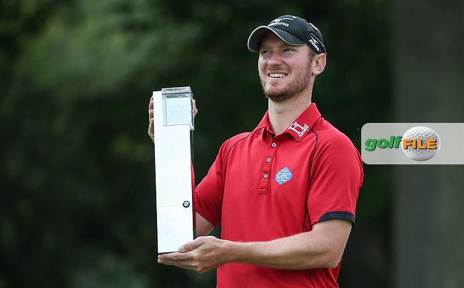 Chris Wood (ENG) wins the Final Round of the 2016 BMW PGA Championship over the West Course at Wentworth, Virginia Water, London. 29/05/2016. Picture: Golffile | David Lloyd. <br /> <br /> All photo usage must display a mandatory copyright credit to &copy; Golffile | David Lloyd.