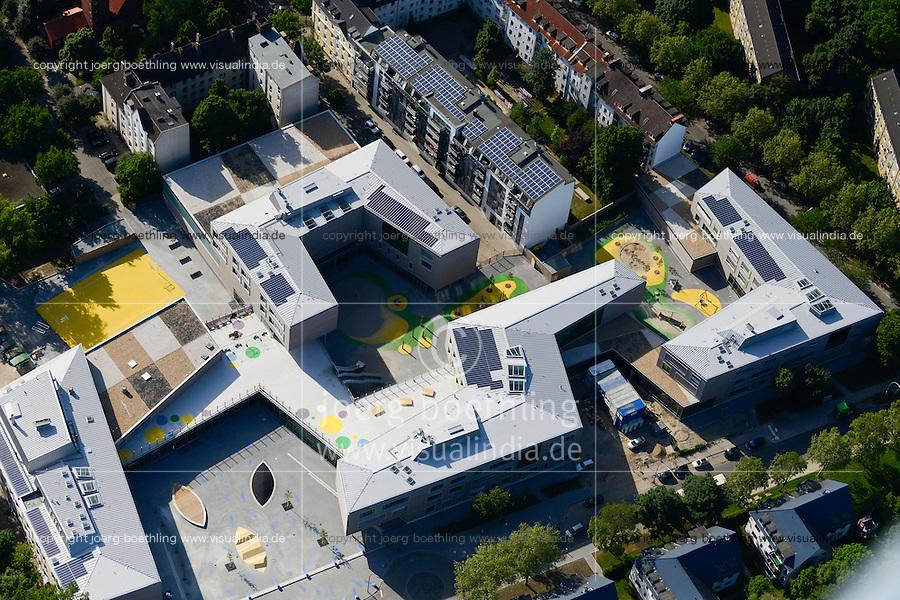 DEUTSCHLAND Hamburg, Bauprojekte der IBA Internationale Bauausstellung, Energieeffizienz Haeuser mit Solar / GERMANY Hamburg Wilhelmsburg, IBA projects, energy efficient buildings with solar panels and solar thermal