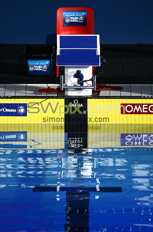 PICTURE BY VAUGHN RIDLEY/SWPIX.COM - Swimming - Duel in the Pool 2009 - E-Stars v USA - Manchester Aquatics Centre, Manchester, England  - 19/12/09...Copyright - Simon Wilkinson - 07811267706...Starting Blocks.