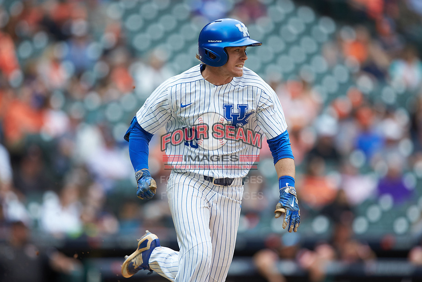 Luke Becker (10) of the Kentucky Wildcats hustles down the first base line against the Sam Houston State Bearkats during game four of the 2018 Shriners Hospitals for Children College Classic at Minute Maid Park on March 3, 2018 in Houston, Texas. The Wildcats defeated the Bearkats 7-2.  (Brian Westerholt/Four Seam Images)