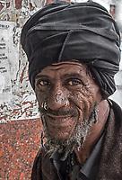 A happy man with many piercings, Diez de Octubre, Habana