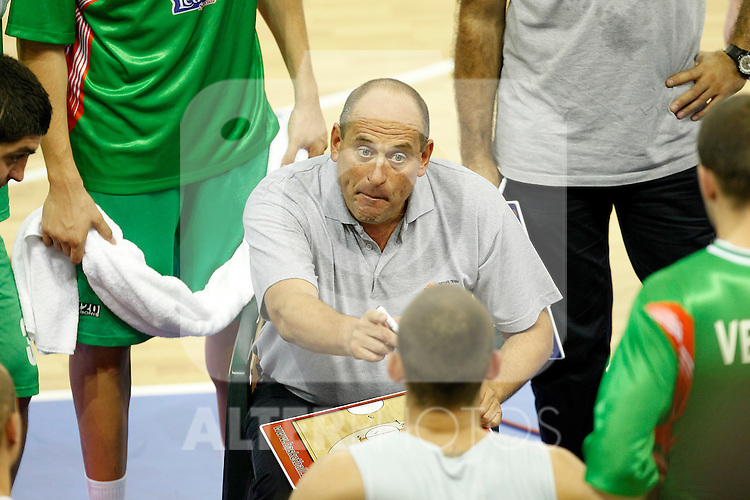 Bulgaria's coach Rosen Barchovski during friendly match.August 13,2011. (ALTERPHOTOS/Acero)