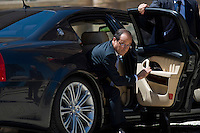 Il Presidente Francese Francois Hollande al suo arrivo a Villa Madama per partecipare al vertice tra Germania, Italia, Francia e Spagna..French President Francois Hollande arrives at Villa Madama in Rome to attend a meeting with Spain German, France and Italy.